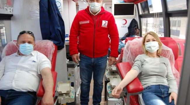 AK Parti Karşıyaka'dan rekor kan bağışı!